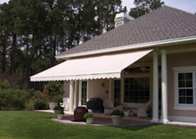 Retractable awning example photo